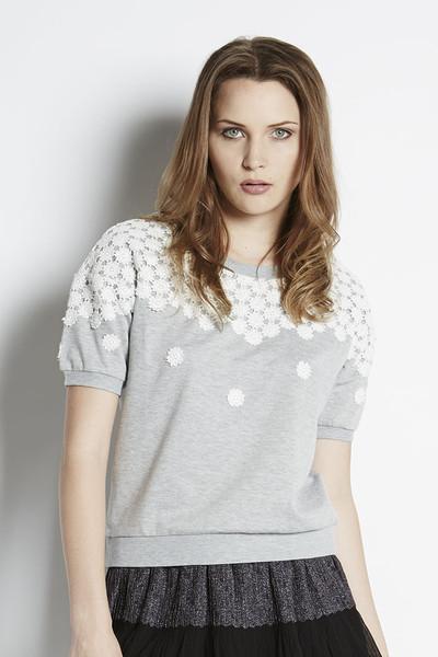 JOA Floral Embellished Crop Sweatshirt