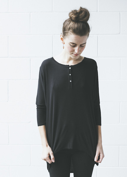 Dolan 3/4 Sleeve Henley in Black