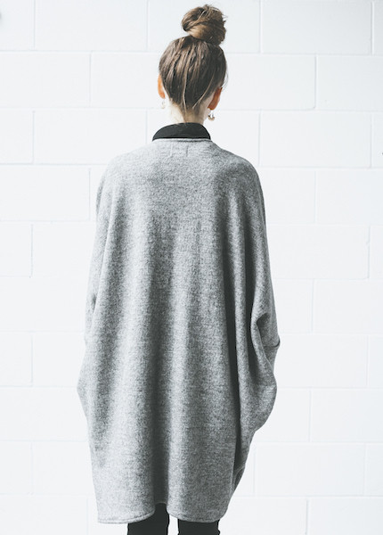 First Rite Sweater Cape | Grey