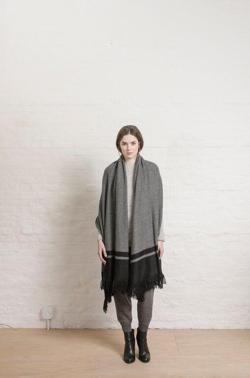 ELEVEN SIX Freya Blanket Wrap