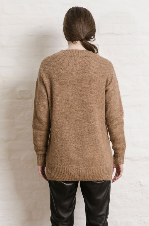 ELEVEN SIX Talea Vee Sweater