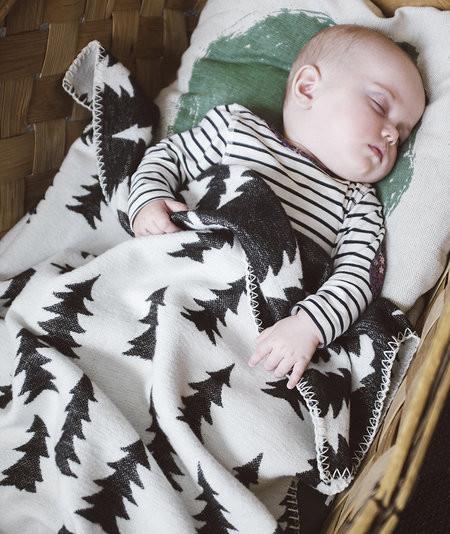 FINE LITTLE DAY GRAN WOVEN CHILD BLANKET GREEN TRIM