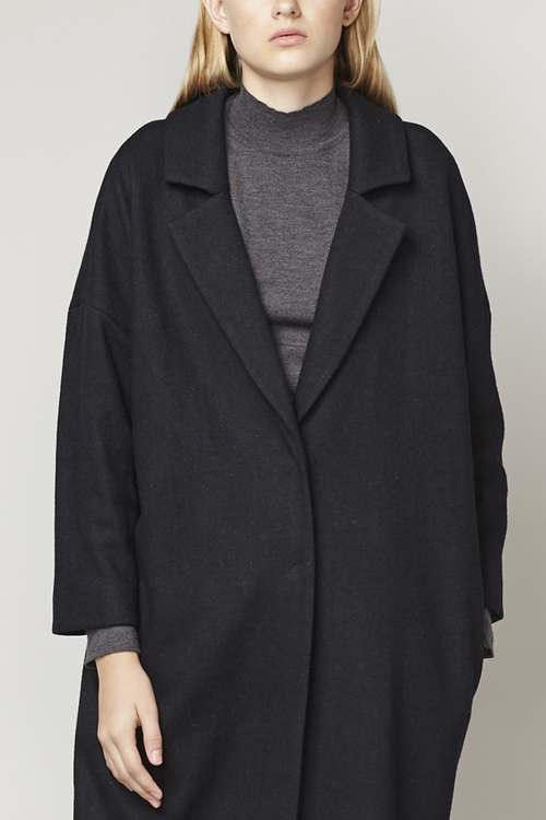 DROPPED SHOULDER OVERSIZED LONG COAT - BLACK