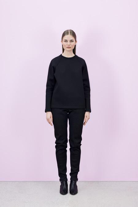 Designers-remix-tus-waffle-sweatshirt-20150121004000