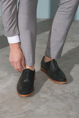 Men's Nisolo Clark Cap Toe Oxford Noir