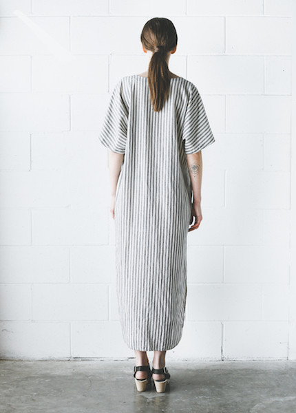 Black Crane - Linen Long Dress in Thin Stripe