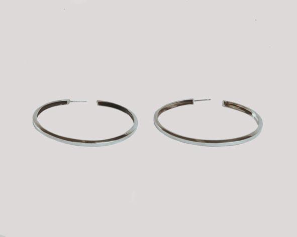 Lacar Hoop Earrings