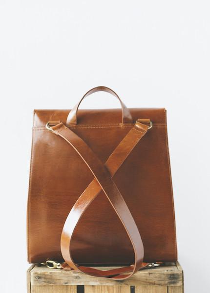 Vere Verto - Macta in Brown
