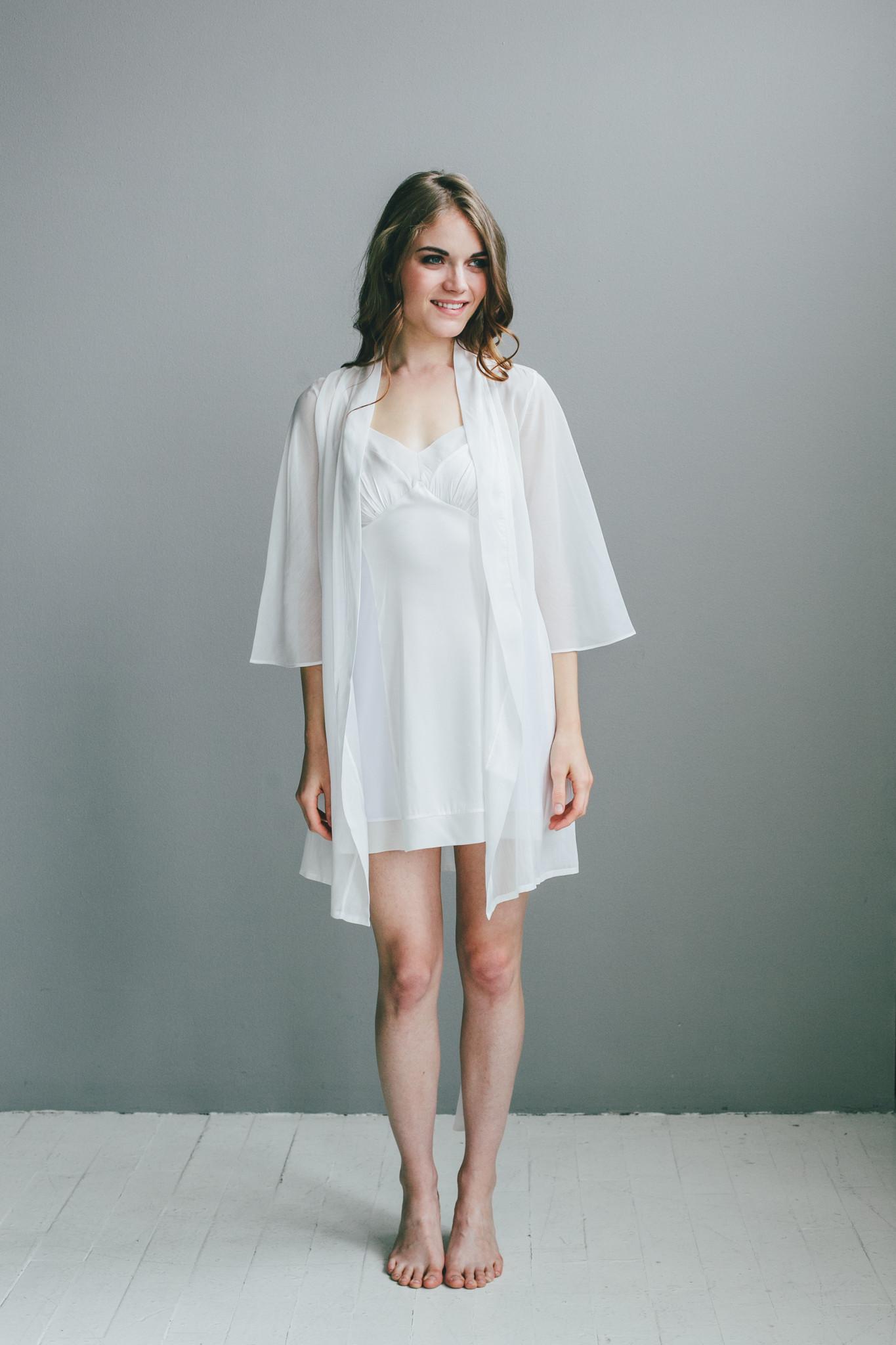 Salua Atelier Italian Cotton/Silk Short Robe from Salua ...