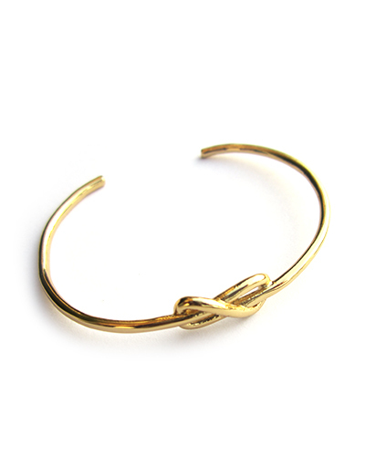 Gabriela Artigas Petite Knot Cuff  in Yellow Gold