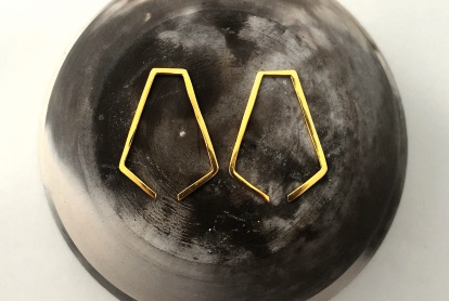 MDG Gold Broken Pentagon Earrings