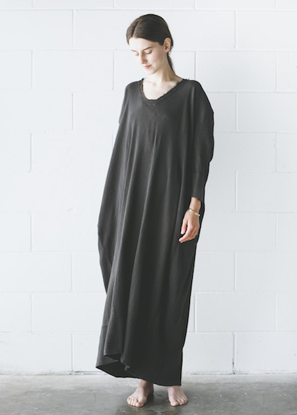 Black Crane Kaftan Dress in Charcoal