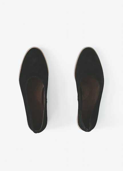 Osborn Flats in Deep Black
