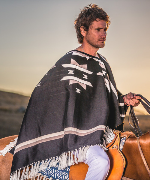 Stick & Ball Starburst Poncho