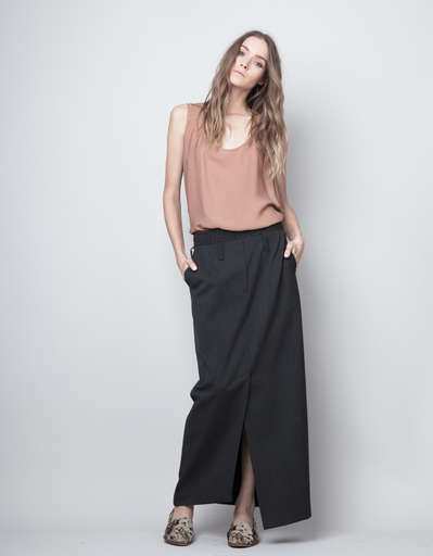 EIGHTEENTH LONG SKIRT