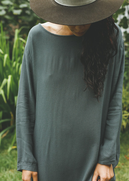 Black Crane - Slim Dress in Dark Shadow