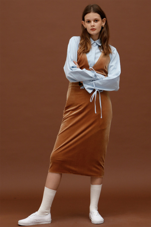 ROCKET LUNCH Velvet Midi Dress- Brown