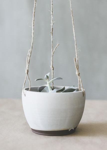 Notary Ceramics Hanging Planter in Satin Grey