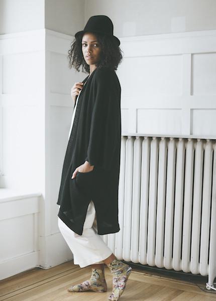 Bare Knitwear Chaki Kimono Coat - Black