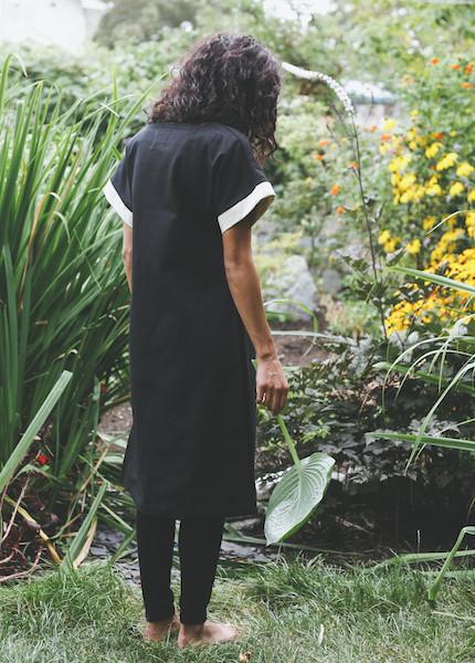 Sunja Link - Side Slit Tunic in Black
