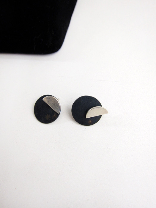 Kat Seale 2-Part Earrings Half Moon Circles in Steel/ Silver