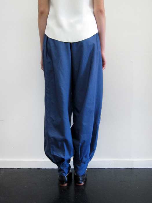 Electric Feathers Drawstring Pantaloon