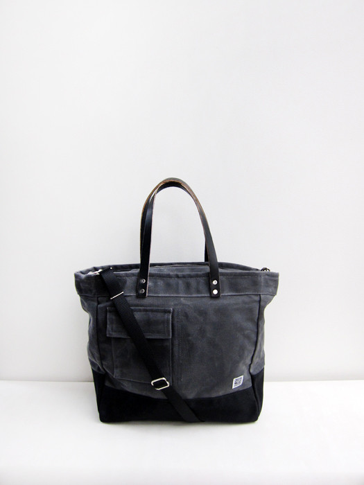 Chester Wallace Driver Bag