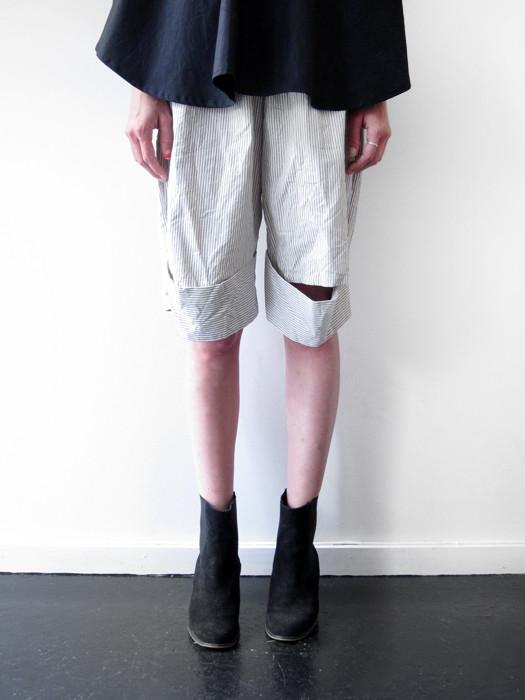 Unisex Rowena Sartin Split Knee Cuff Short