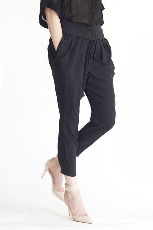 Heidi Merrick Reel Pant (Black)