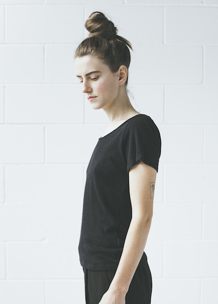 Objects Without Meaning Scoop Neck Tee | Black