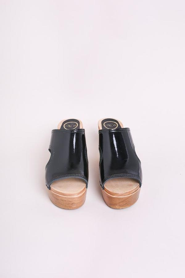 No.6 Alexis Cut Out Platform Slide
