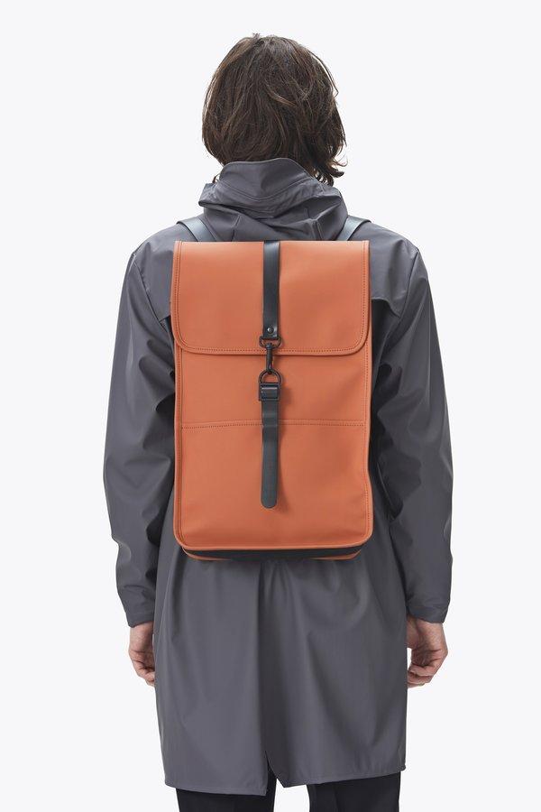 1b0b0ef06120 Rains Backpack - Rust