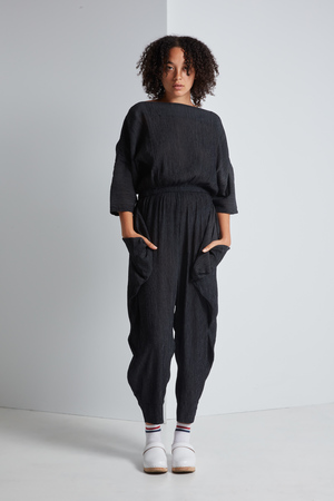 Black Crane Crape Jumper
