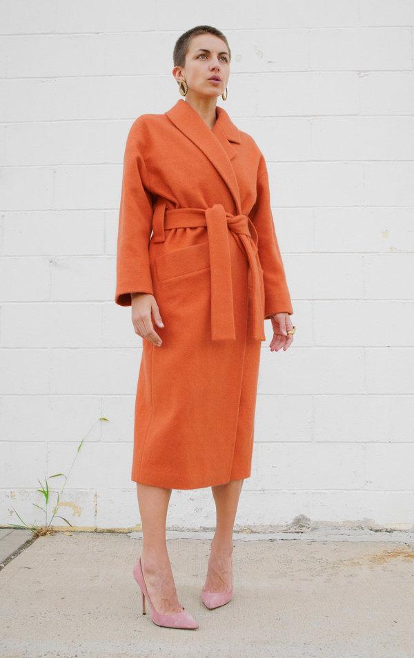 Lera pivovarova tomma asymmetrical collar coat - coral orange