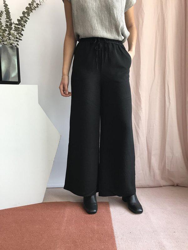 PRESS PS185003 - Noir