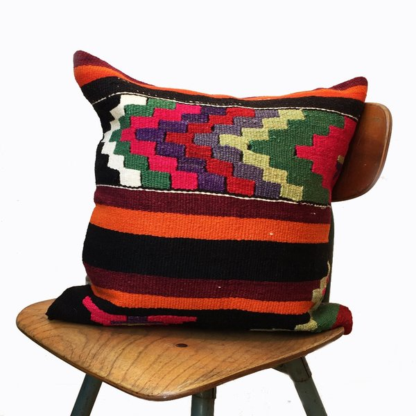 Jo Vintage Kilim Pillow Cover