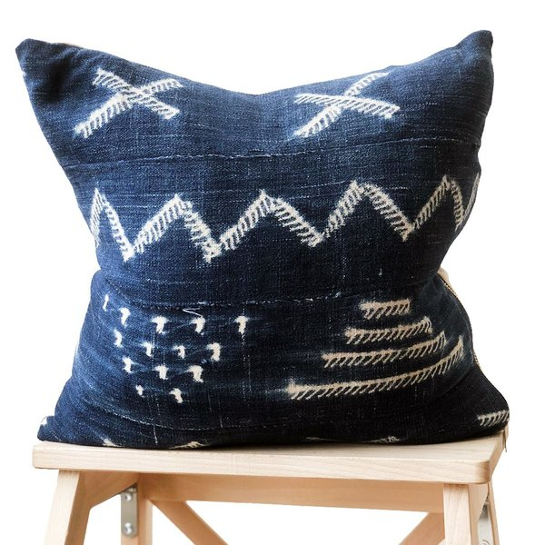 Valiente Goods Small Indigo Pillow 07