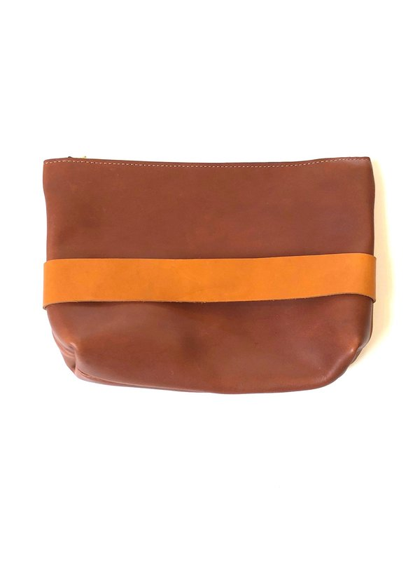 Neva Opet Carolee Clutch
