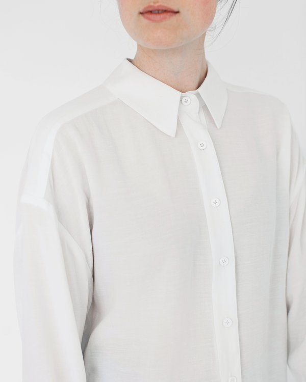 7115 by Szeki Signature Dolman Shirt - White