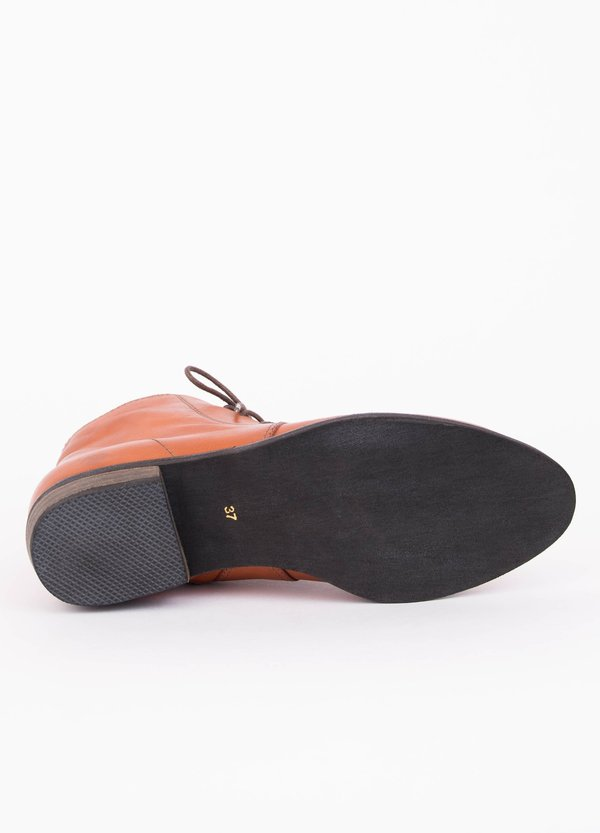 Yuko Imanishi Barb Tan Boot