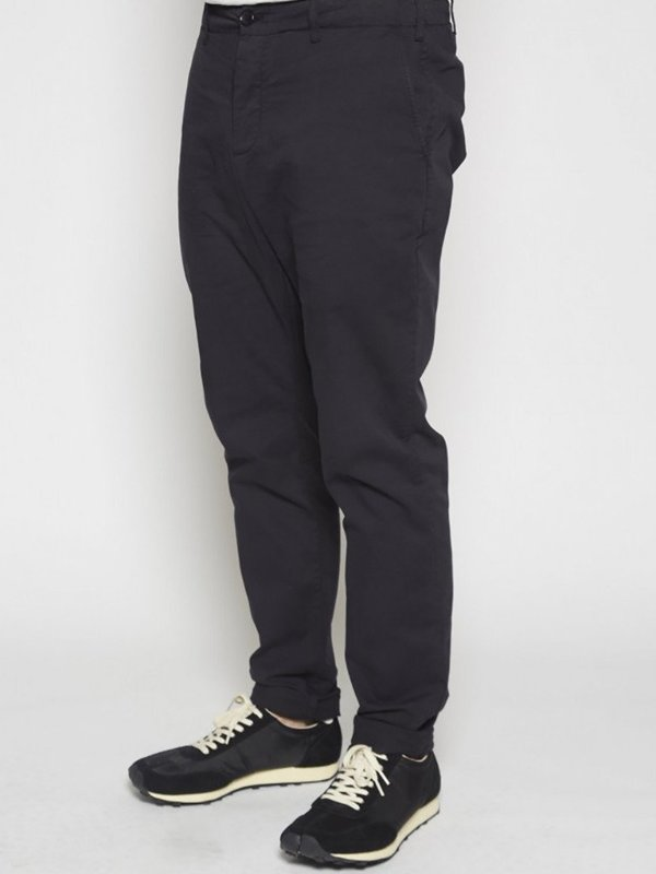 YMC Slim Chino in Black