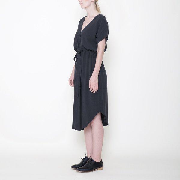 7115 by Szeki Signature Reversible Drawstring Dress - Charcoal