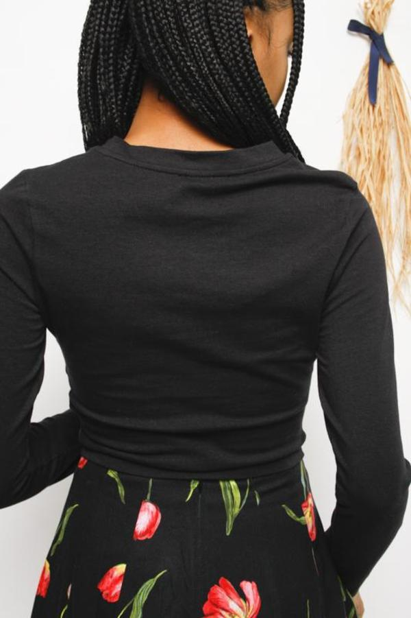 Lush Venus Cropped Long Sleeve Top