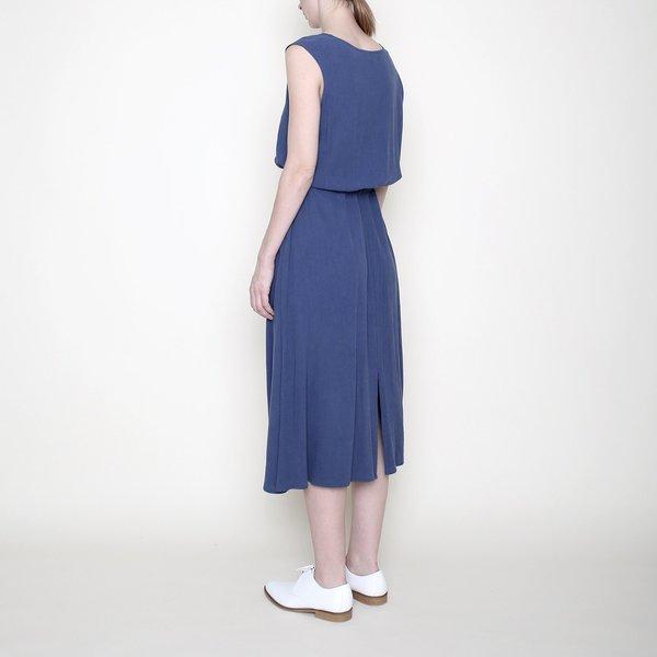 7115 by Szeki Sleeveless Drawstring Midi - Blue