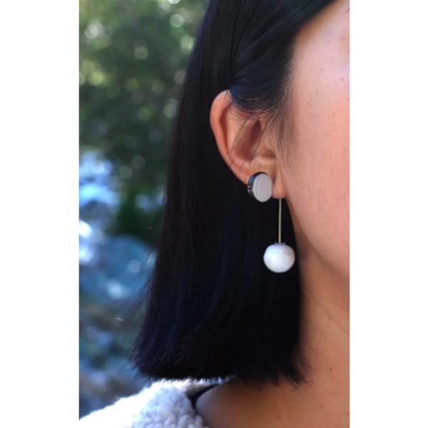 Jujumade Pearl Stand Earring