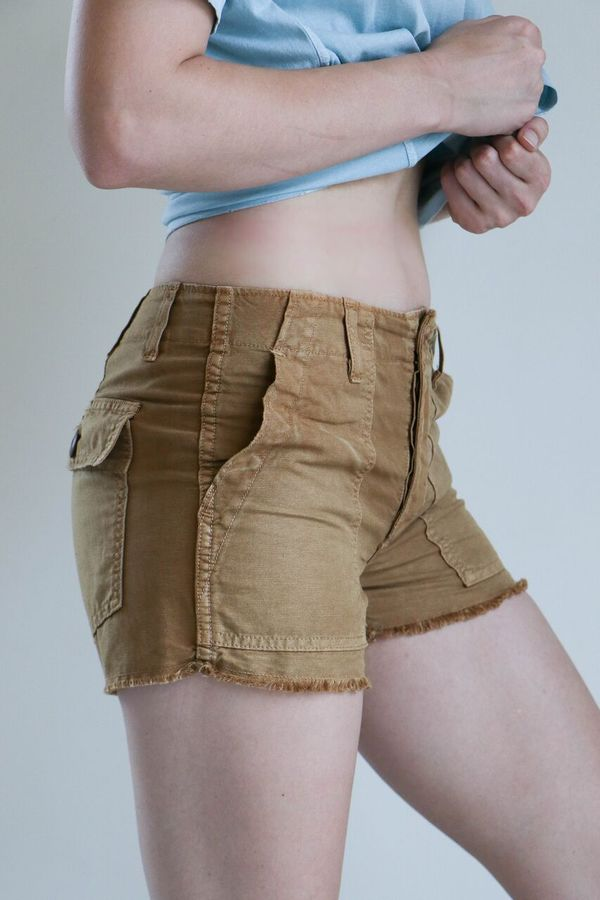 Amo Army Shorts in Tobacco