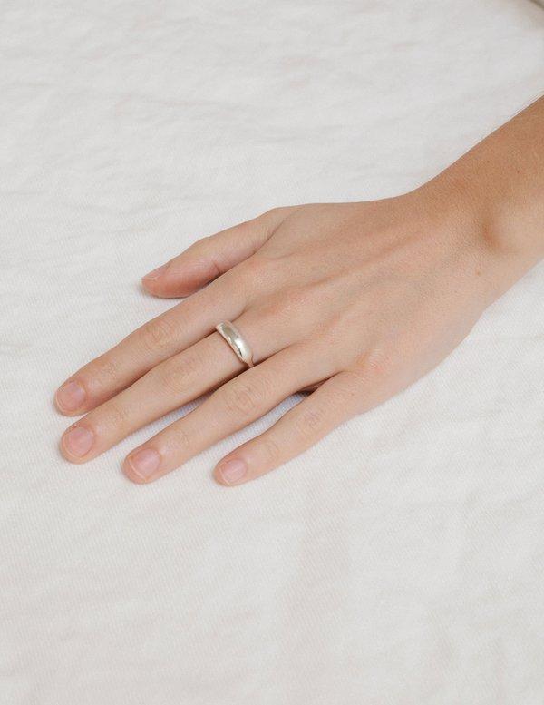 Erin Considine Swell Ring - Brass