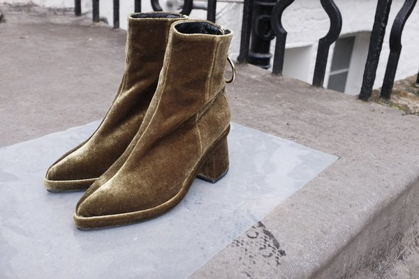 Reike Nen Velvet Ankle Boots With Mastercard For Sale Free Shipping Enjoy In China Cheap Online Sale Best Wholesale Purchase Cheap Online 7ODyHyGNFT