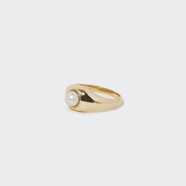J. Hannah Pearl Demi Signet Ring
