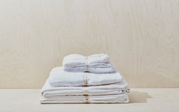 Hawkins NY Linen Flat Sheet (Queen) - White